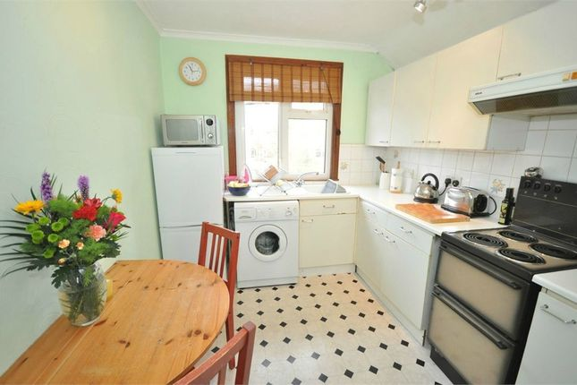Flat to rent in Sidney Road, Staines Upon Thames, Surrey