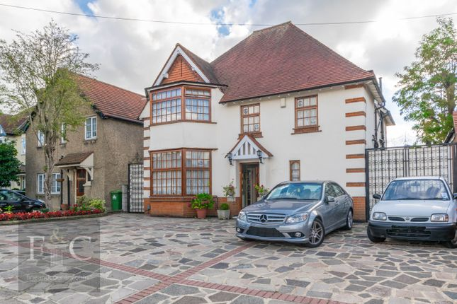 cc66b72480b 5 bed detached house for sale in Church Lane