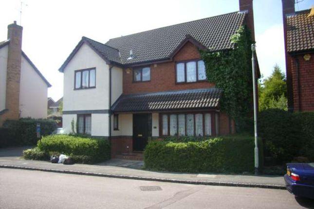 Thumbnail Detached house to rent in Woodward Close, Winnersh, Wokingham