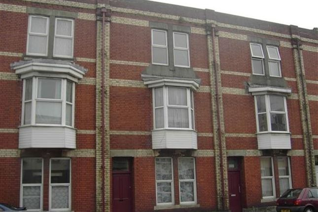 Thumbnail Flat to rent in Station Road, Llanelli