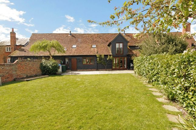 Thumbnail Barn conversion to rent in Coningsby Lane, Fifield, Maidenhead
