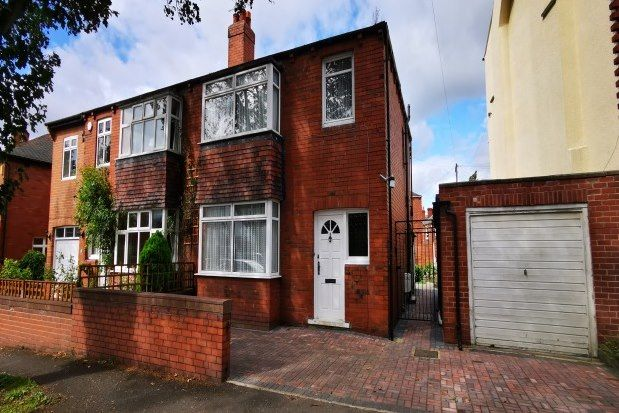 Thumbnail Property to rent in Oxford Road, Wakefield