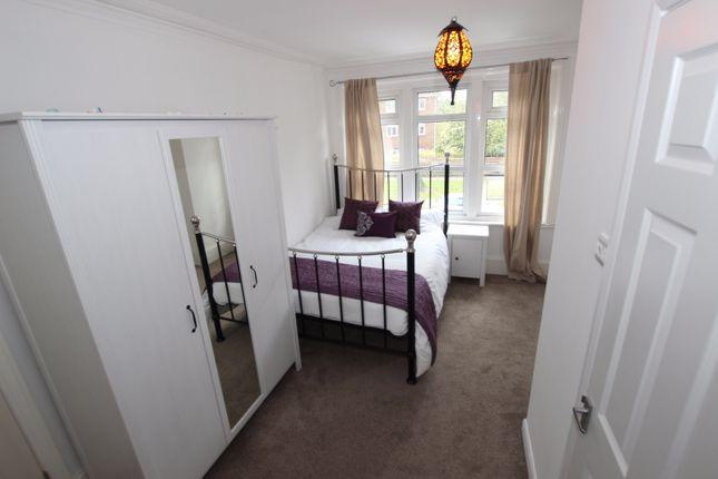 Room to rent in Tilehurst Road - Room 5, Reading, Berkshire