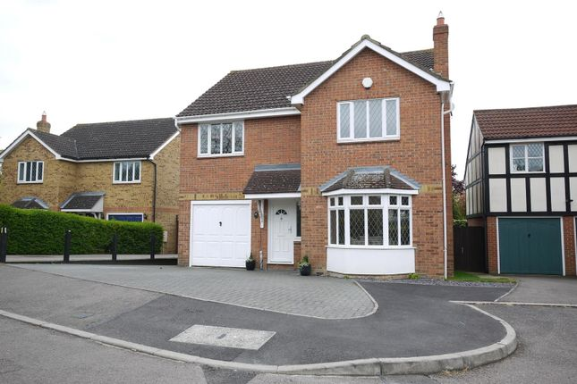 Thumbnail Detached house for sale in Macintosh Close, Cheshunt, Waltham Cross
