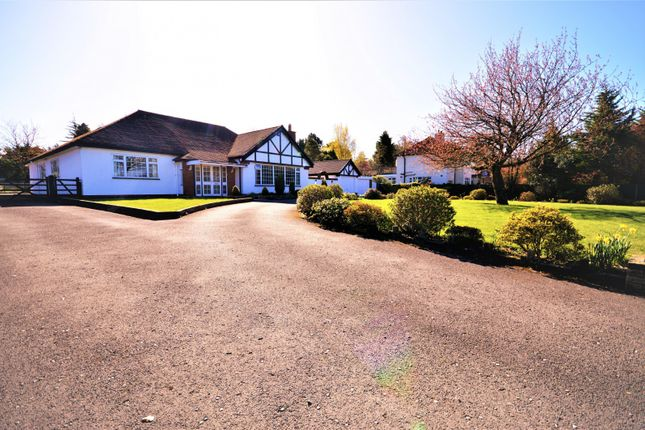 3 bed detached bungalow to rent in Chester Road, Mere, Knutsford WA16
