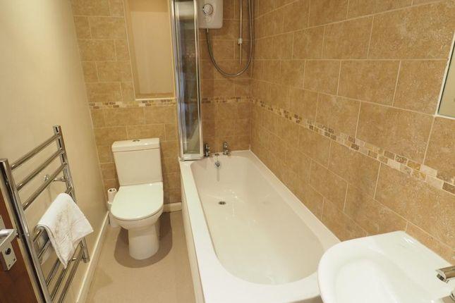Bathroom of Warehouse 13, Marina, Hull, East Riding Of Yorkshire HU1