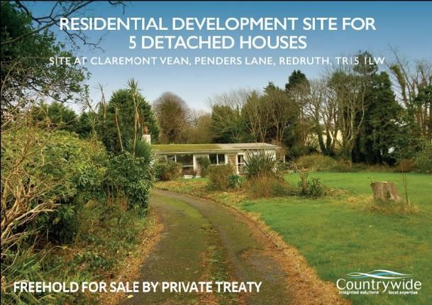 Thumbnail Bungalow for sale in Redruth, Cornwall