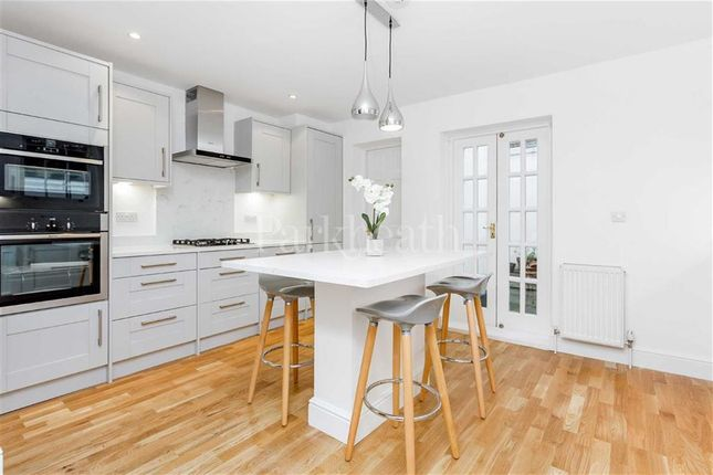 Thumbnail Property to rent in Platt Street, Kings Cross, London