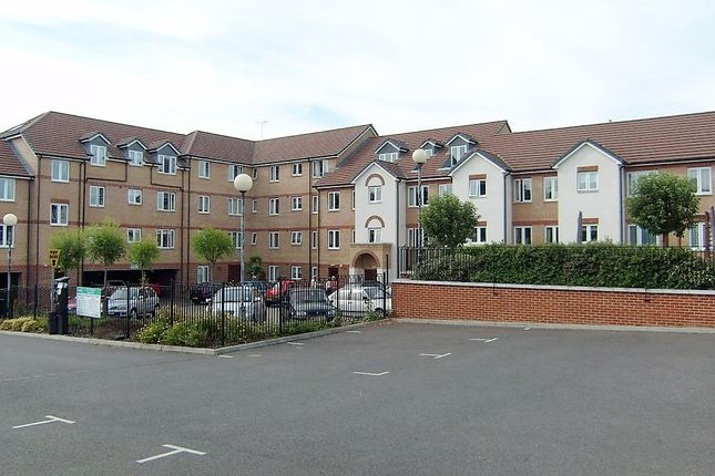 1 bed property for sale in Riverbourne Court, Bell Road, Sittingbourne, Kent ME10