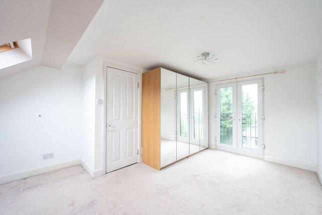 Thumbnail Terraced house to rent in Hillcross Avenue, Morden