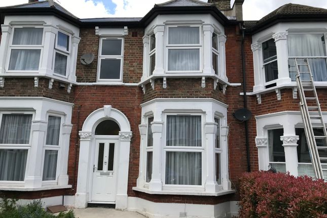 Thumbnail Flat to rent in Torridon Road, Hither Green