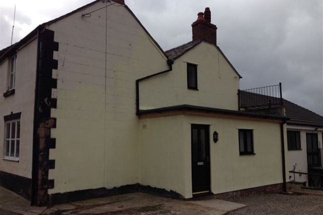 Thumbnail Flat to rent in Railway Road, Cefn Mawr