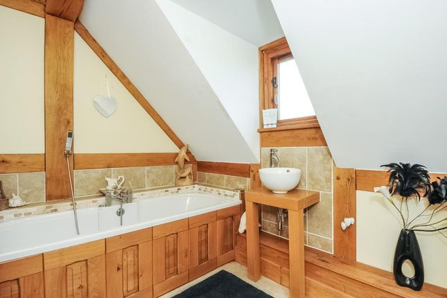 Family Bathroom of St. Harmon, Rhayader, Powys LD6