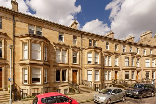 Thumbnail Flat for sale in 13/2 Rothesay Terrace, Edinburgh
