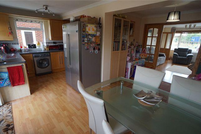 Thong Lane Gravesend Kent Da12 4 Bedroom Semi Detached House For Sale 44317427 Primelocation