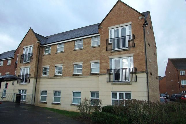 Thumbnail Property to rent in Dunster Close, Rugby