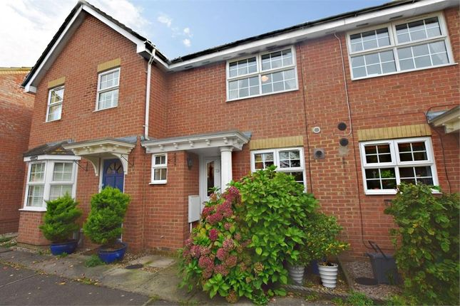 Thumbnail Terraced house for sale in Balmoral Road, Abbots Langley