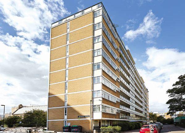 Thumbnail Flat for sale in Flat 26, Bramwell House, Churchill Gardens Road, Pimlico