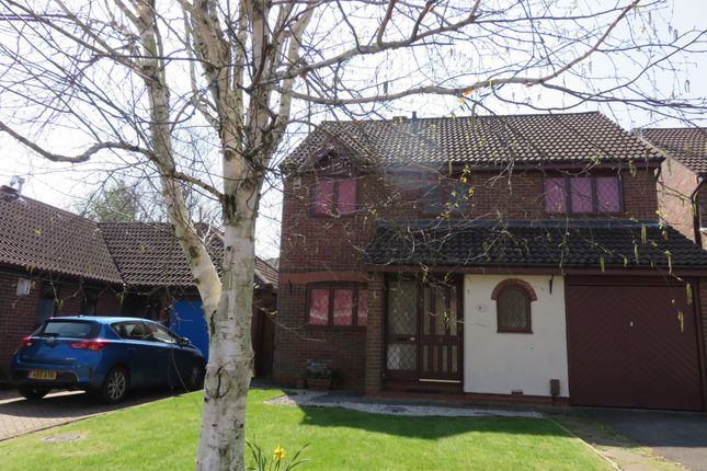 Thumbnail Detached house to rent in Drummond Way, Macclesfield