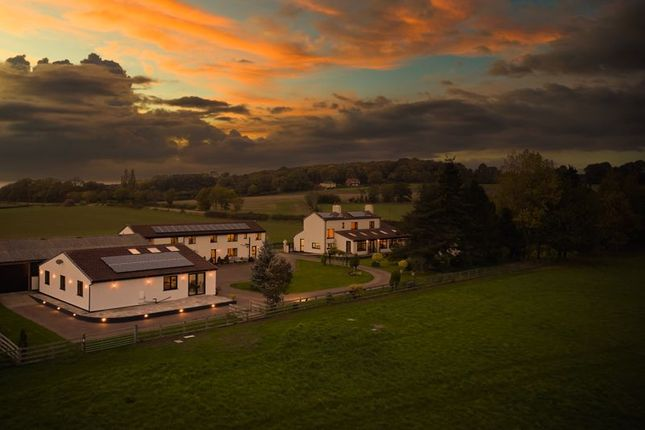Thumbnail Equestrian property for sale in Morning Field Estate, Thorpe Audlin, Pontefract