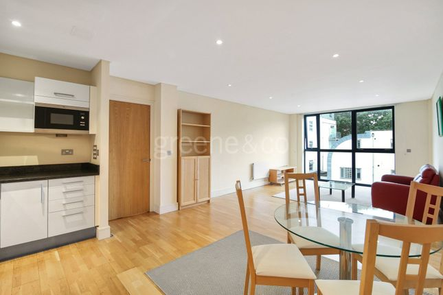 Thumbnail Property for sale in Trafalgar Point, 137 Downham Road, London