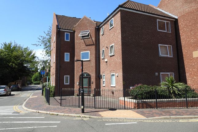 Thumbnail Terraced house for sale in Lawson Court, 190 High Street, Hull, Yorkshire