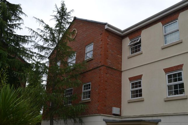 Thumbnail Flat for sale in Denham Wood Close, Chorley
