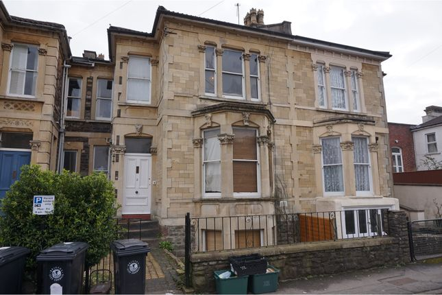 Thumbnail Semi-detached house to rent in Melville Road, Bristol