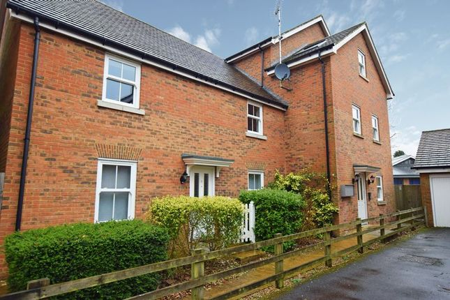 Thumbnail Flat for sale in Martins Gardens, Crowborough