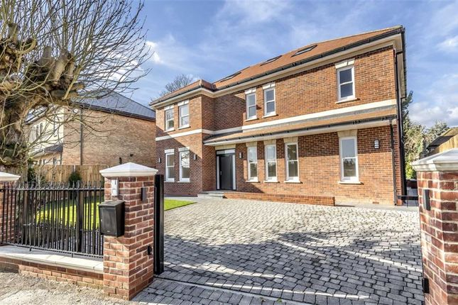 Property for sale in Quakers Walk, Winchmore Hill, London
