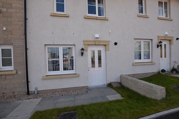 Thumbnail Terraced house to rent in 92 Skene View, Westhill, Aberdeenshire