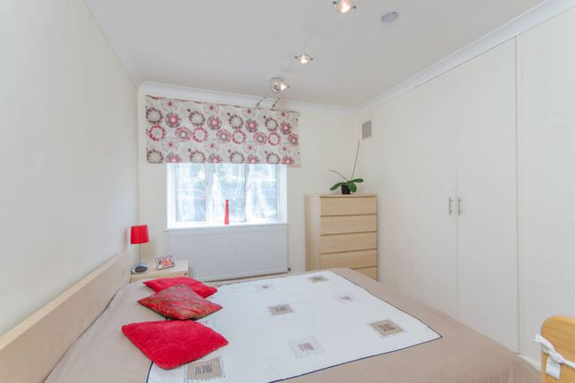 Thumbnail Flat to rent in Lyall Avenue, Sydenham Hill