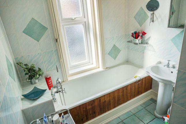 Bathroom of Ranelagh Road, Wellingborough NN8