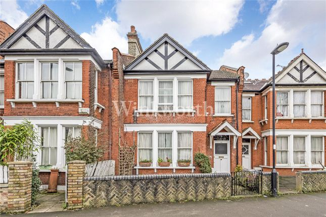 Picture No. 16 of Hoppers Road, Winchmore Hill, London N13