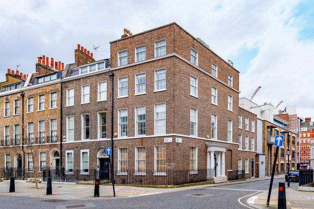 Thumbnail Property to rent in Doughty Street, London