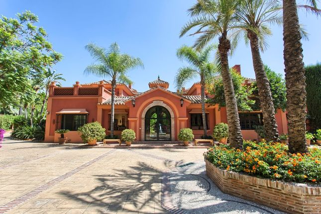 Thumbnail Villa for sale in La Zagaleta, Malaga, Spain