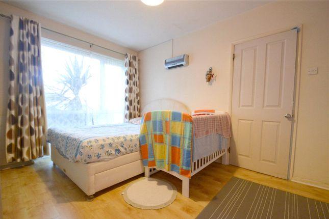 Picture No. 04 of Edgecumbe Court, Ashburton Road, Croydon CR0