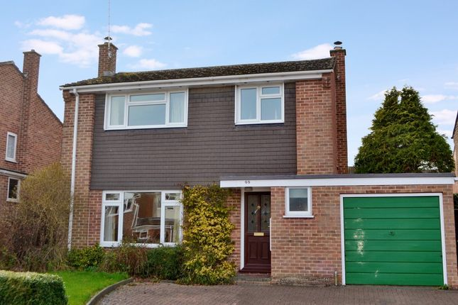 Thumbnail Detached house for sale in New Road, Newbury