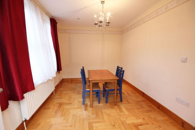 4 bed detached house to rent in Buxton Road, Walthamstow