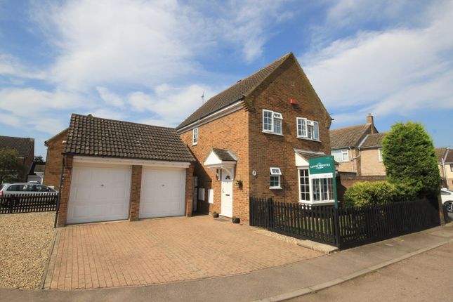 Thumbnail Detached house for sale in Sanderson Close, Westoning