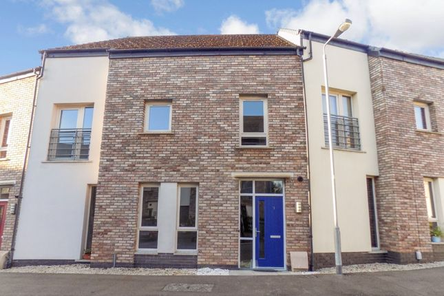 Town house to rent in Badgers Lane, Lisburn