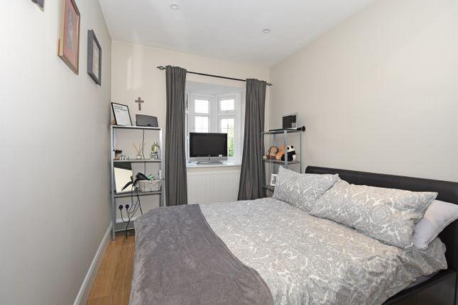 Bedroom of The Drive, Bexley DA5
