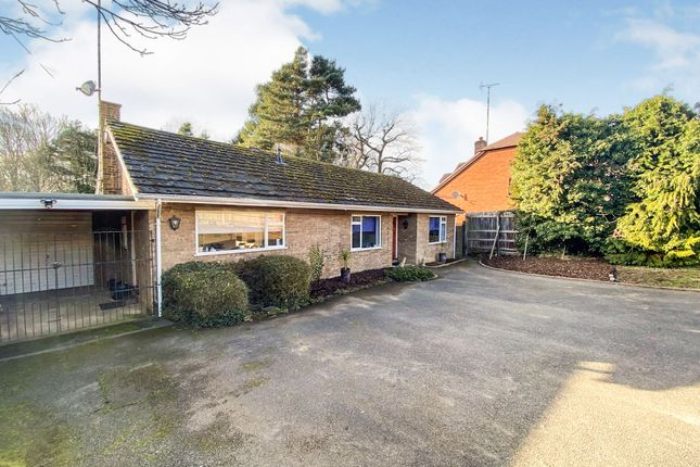 Thumbnail Detached bungalow for sale in Plantation Road, Heath And Reach, Leighton Buzzard