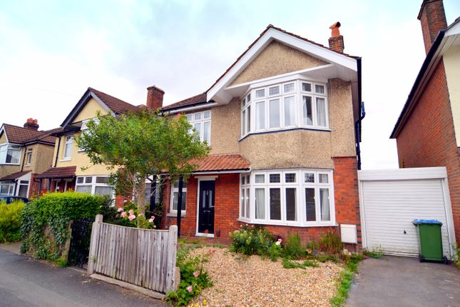 4 bed terraced house to rent in Upper Shaftesbury Avenue, Southampton