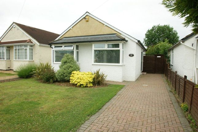 Thumbnail Bungalow to rent in Royston Way, Burnham, Slough