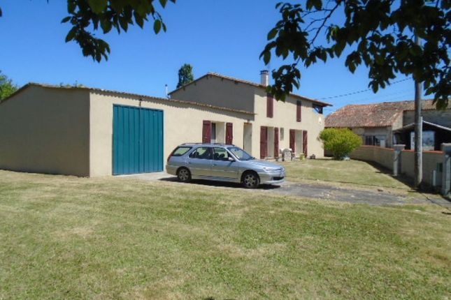 2 bed property for sale in Ruffec, Poitou-Charentes, 16240, France