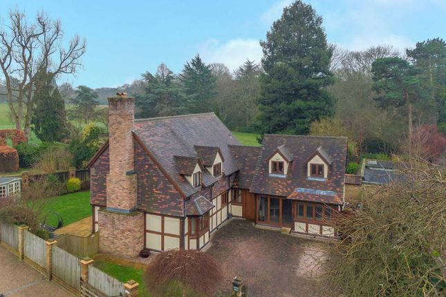 Thumbnail Detached house for sale in Watford Heath, Watford