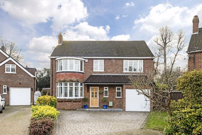 Thumbnail Property to rent in Seymour Gardens, Feltham