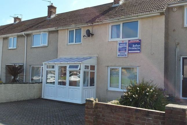 Thumbnail Terraced house to rent in Maesgrug, Stop And Call, Goodwick