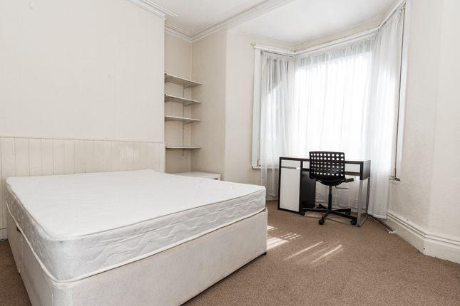 Thumbnail Room to rent in Broadway, Treforest, Pontypridd